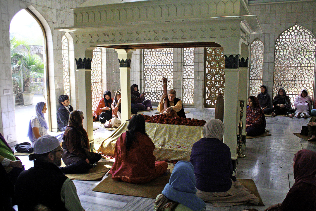 Visible Impressions Gallery: India/Sufi Shrines